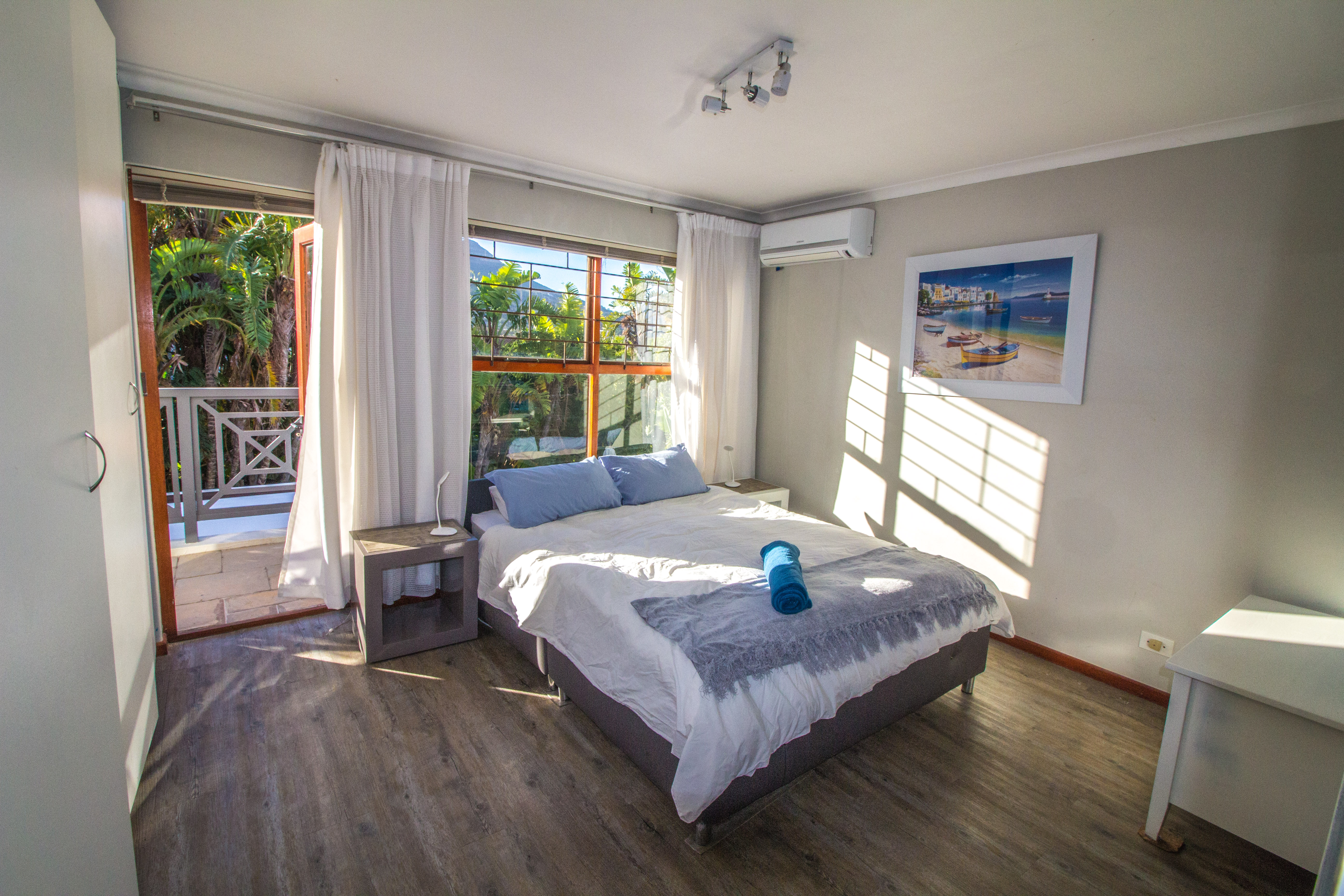 Organised Bedroom Hout Bay Organised Home For The Holidays Sea Glade Hout Bay R4